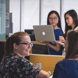 科技公司對女性存偏見 年輕女學生對行業仍充滿熱情